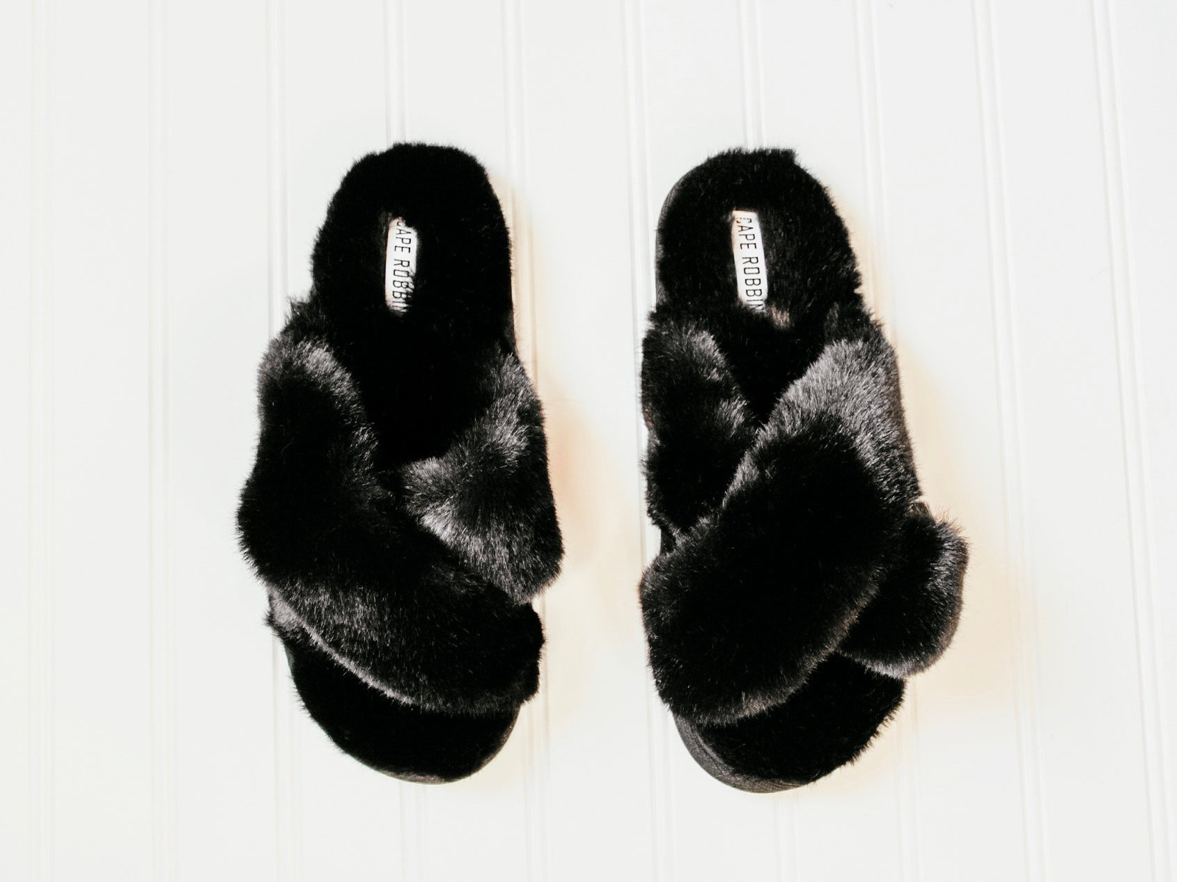 Soft as a slipper (black)