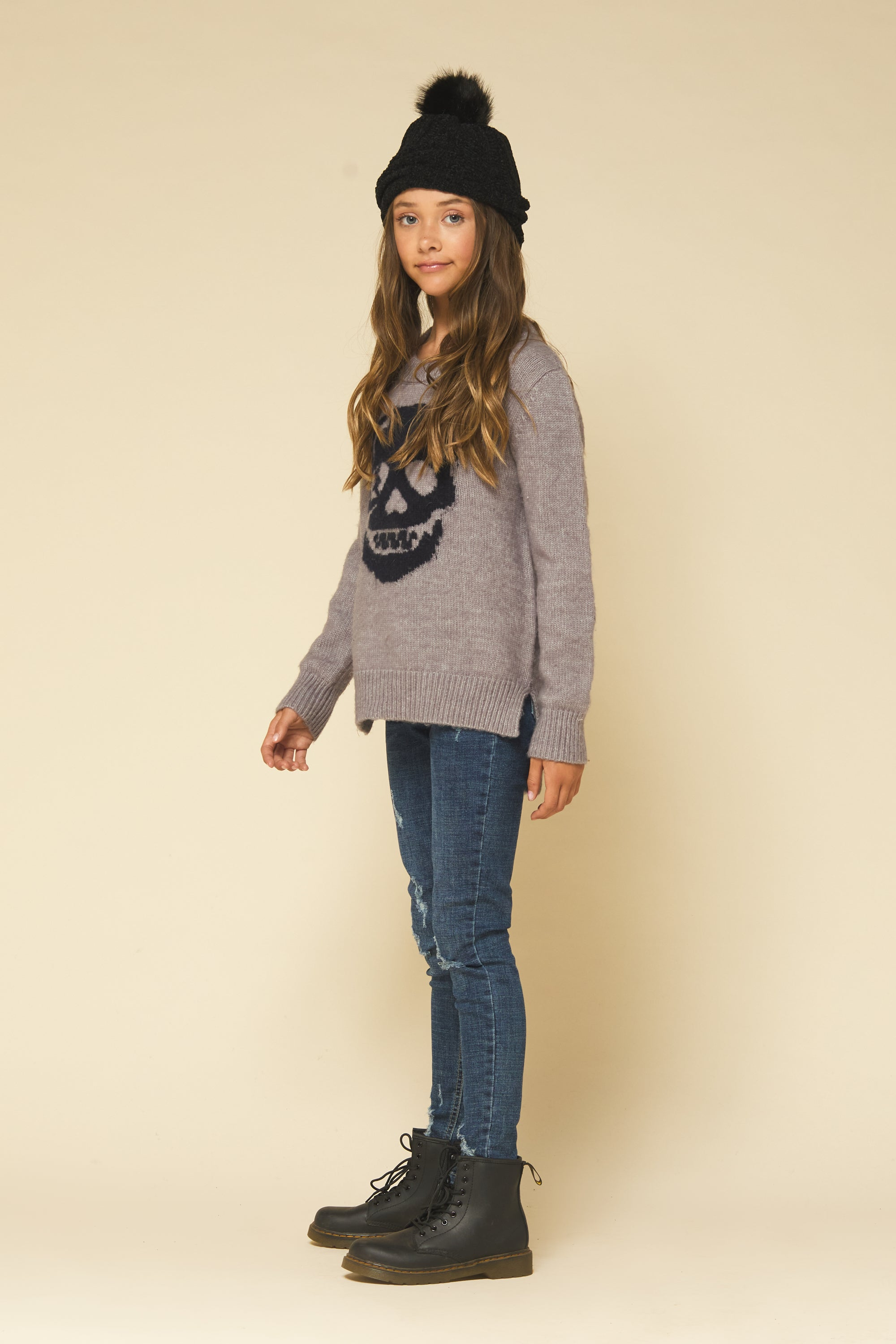 DUSTY LAVENDER/ GRY/ NAVY SKULL CREWNECK PULLOVER SWEATER