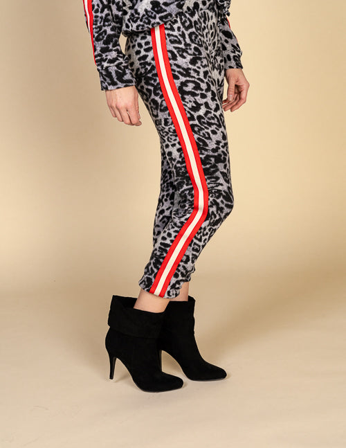 Ivory/Red Stripe Trim Joggers