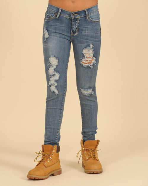 Skinny Distressed Jeans With Frayed Hem