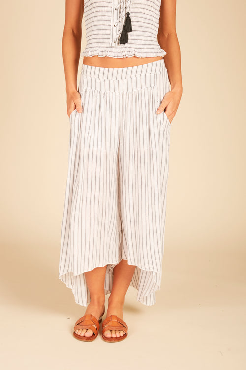 Striped Wide Leg Gaucho Pant