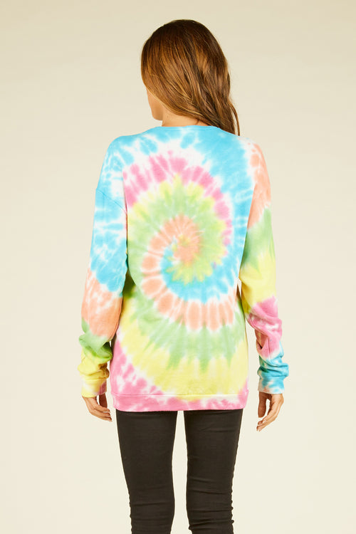 "Tie Dye ""Weekend"" Graphic Top"