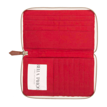MADISON SIGNATURE ZIP WALLET