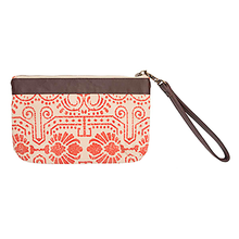 AMBER WRISTLET POUCH