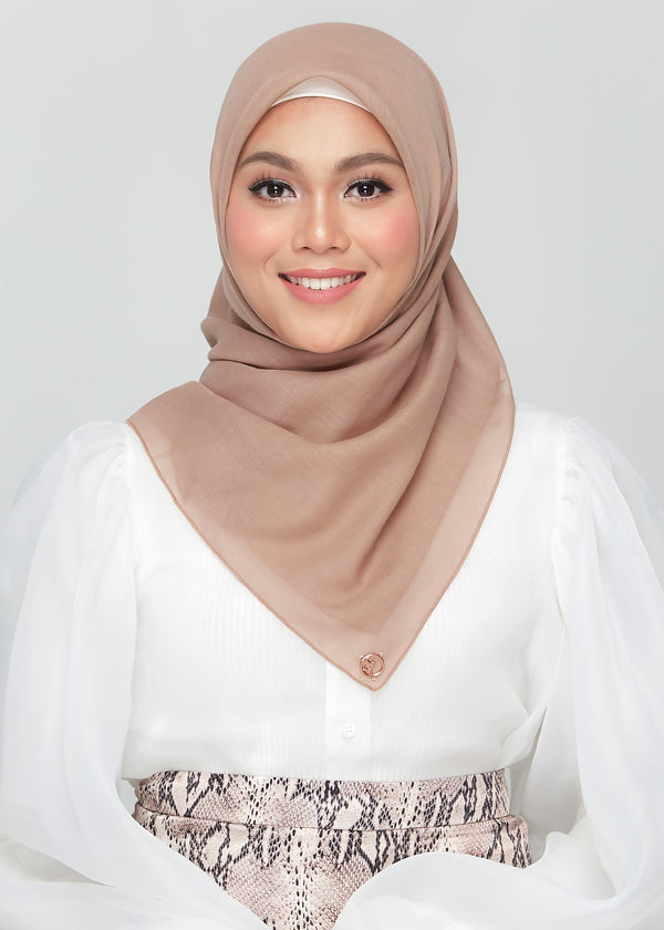 Bawal Babe in Fudge Brown