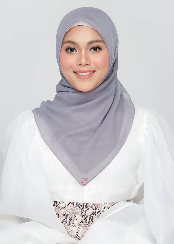 Bawal Babe in Pigeon Grey