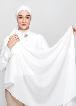 Chiffon Dolce in Pure White (Semi-Instant)