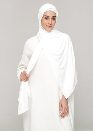 Discontinued Item: Cozy Set in Heavenly White