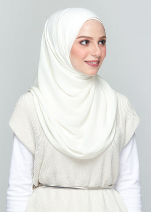 Premium Chiffon in Warm Bridal White (Eyelash Hem)