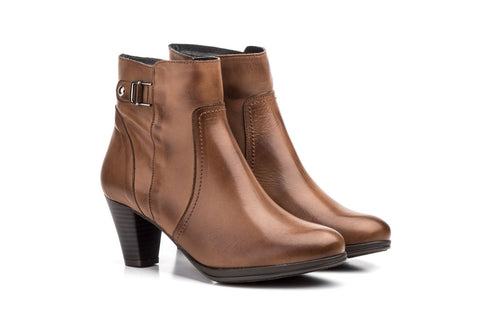PAR-LEATHER BOOTIES-MADE IN SPAIN