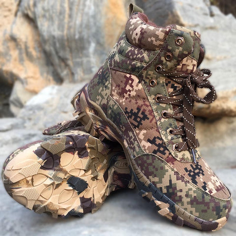 Men's Camouflage Hiking Boots Winter Wool Thermal Wear-Resisting Sneakers