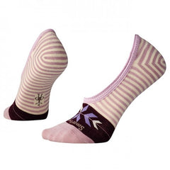 83642eddfa7e0b All signs point to the ultimate in comfort in Smartwool s Ouray Arrow Hide    Seek No Show socks. Perfect for your low cut shoes!