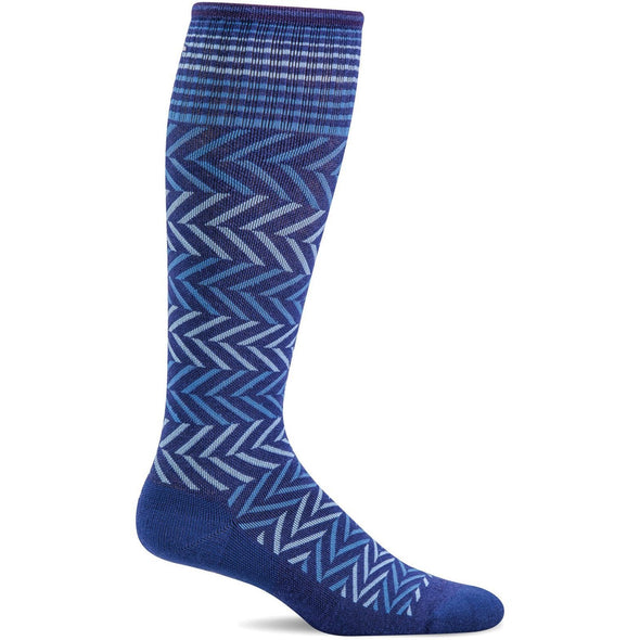 Sockwell Women's Chevron Moderate Compression Socks, Hyacinth