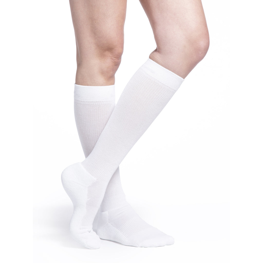 Sigvaris Cushioned Cotton Women's 15-20 mmHg Knee High, White