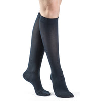 Sigvaris Sea Island Cotton Women's 20-30 mmHg Knee High, Navy