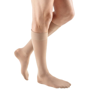 Mediven Plus 30-40 mmHg Knee High w/ Silicone Beaded Top Band, Beige
