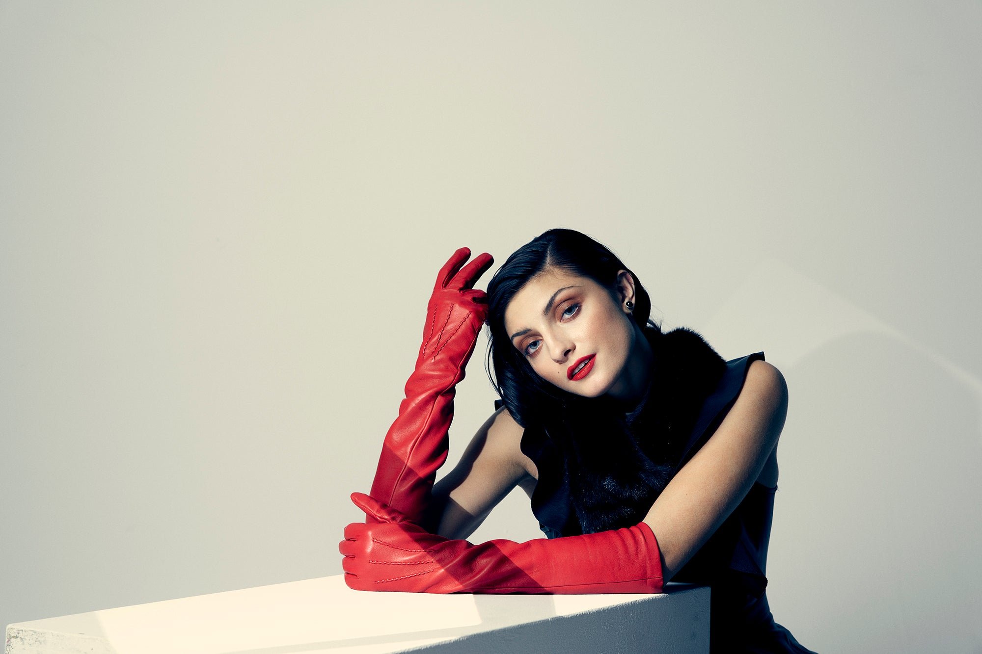"""Opera"" Long Gloves"