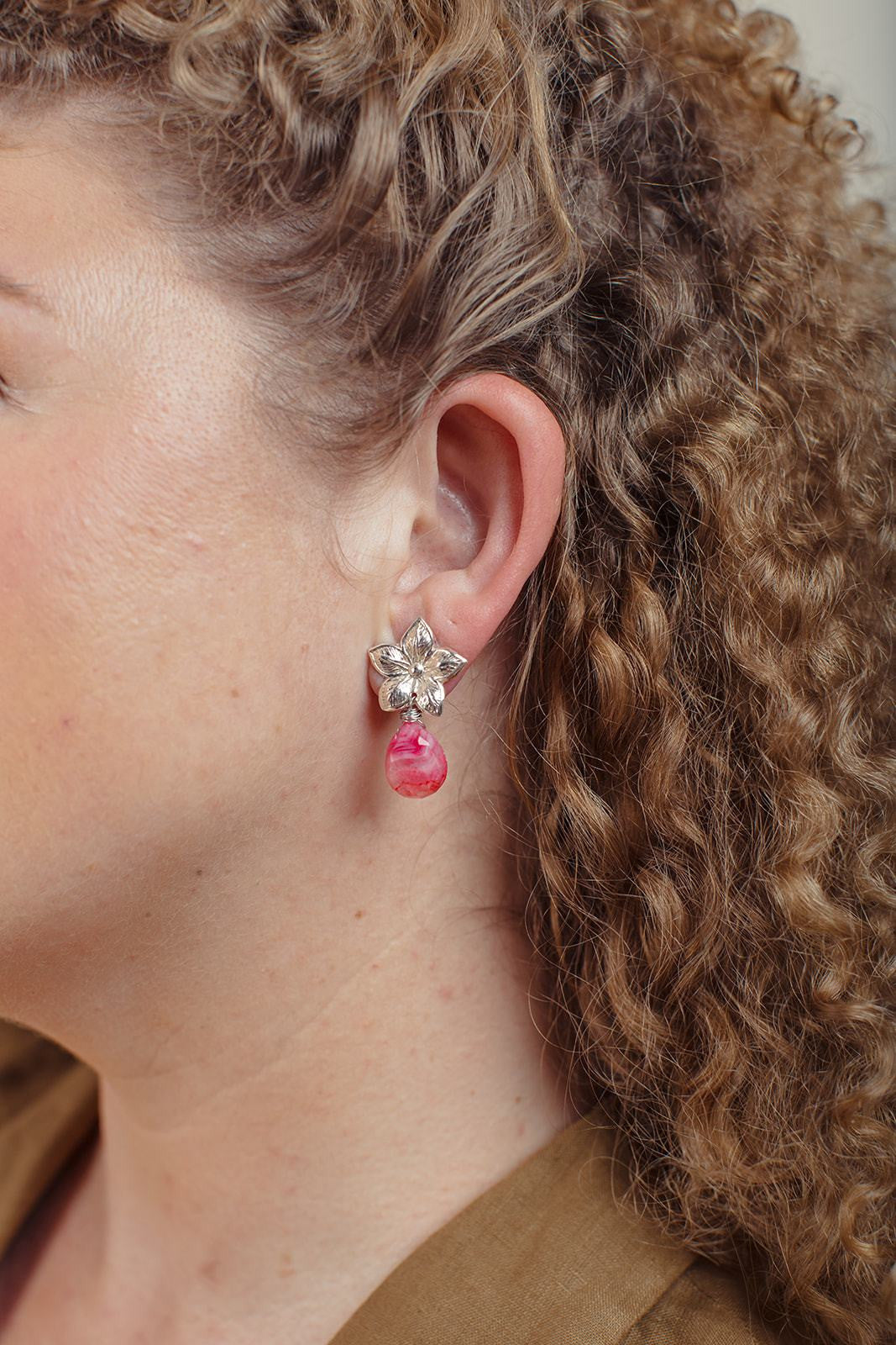 Flor Estrella Pink Agate Earrings