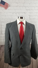 Jones New York Men's Gray Plaid Suit 40S Pants 30x28 $495 - SUIT CHARITY OUTLET