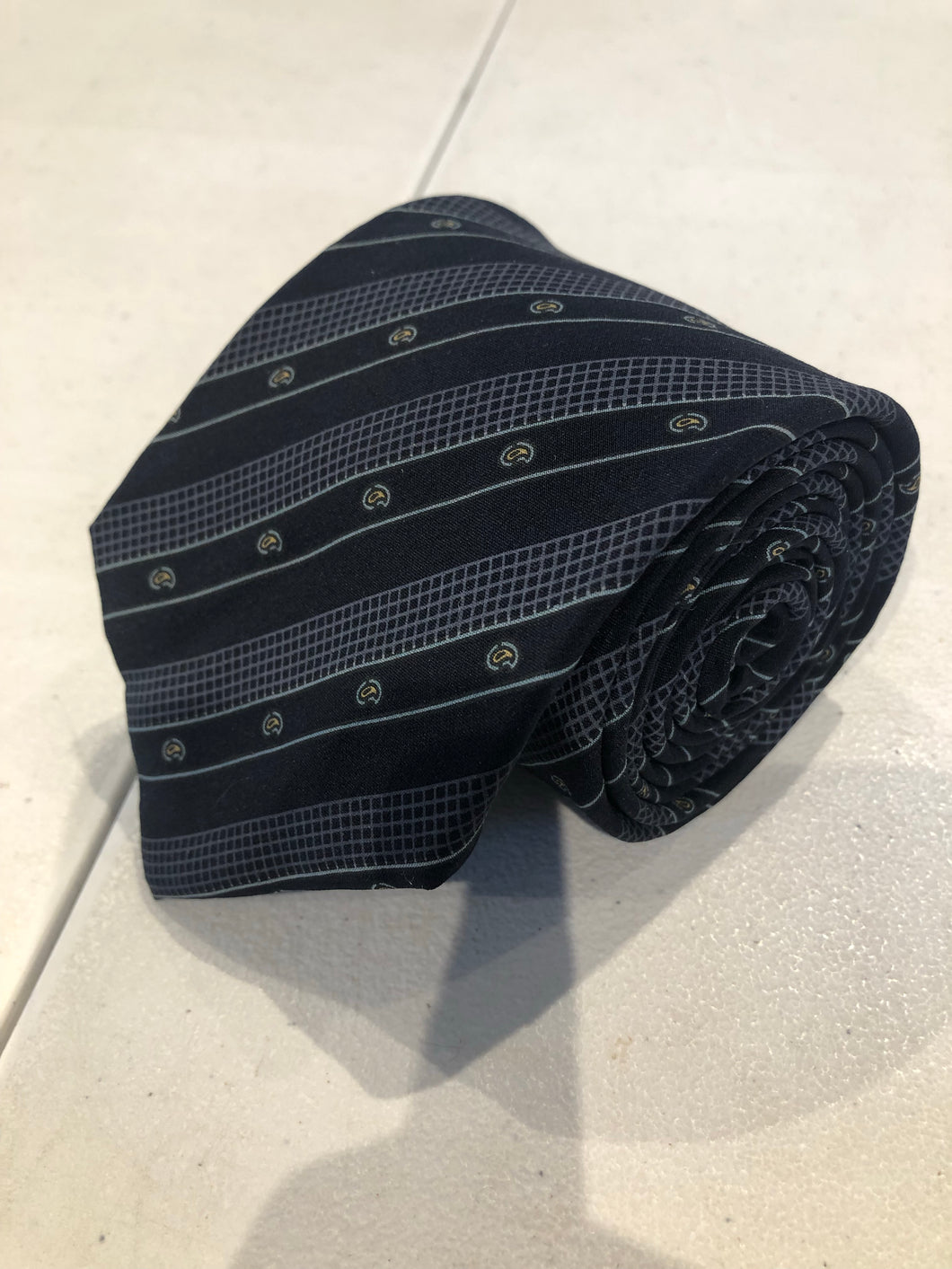 Valentino Men's Navy Blue Stripe Pattern Neck Tie - SUIT CHARITY OUTLET