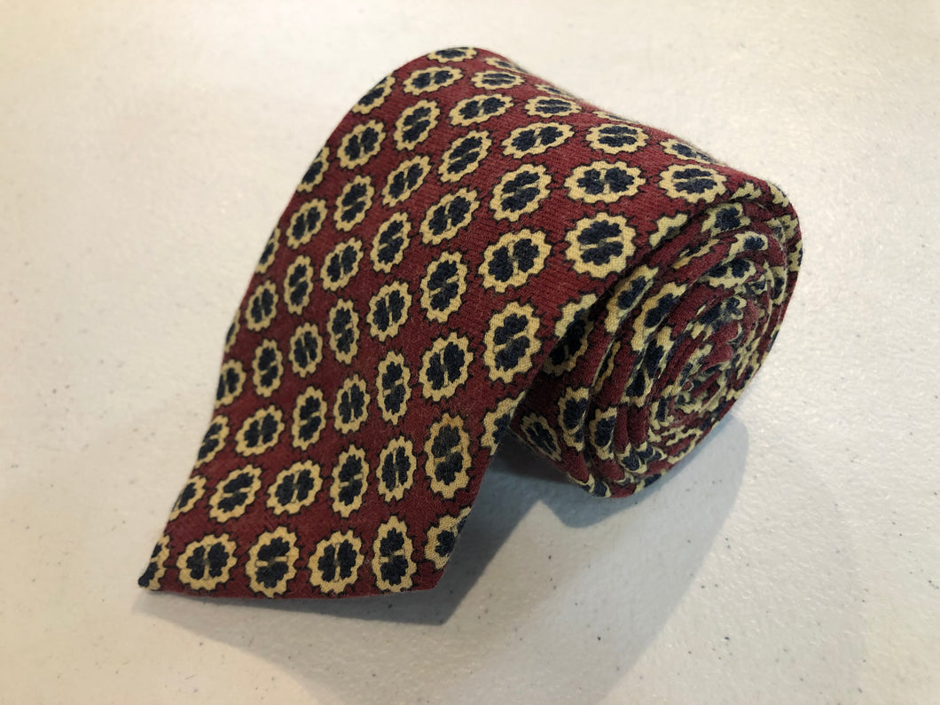 Brooks Brothers Men's Red Geometric Pattern Silk Neck Tie - SUIT CHARITY OUTLET