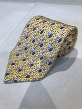 Vineyard Vines Men's Yellow Novelty Wine Pattern Silk Neck Tie - SUIT CHARITY OUTLET