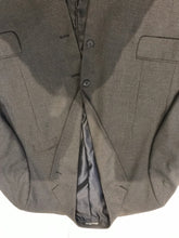 Croft & Barrow Men's Gray Plaid Blazer 46R - SUIT CHARITY OUTLET