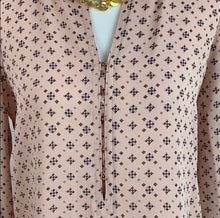 Ivanka Trump Women's Pink Geometric Blouse Small - SUIT CHARITY OUTLET