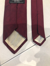 Brooks Brothers Men's Solid Red Silk Neck Tie - SUIT CHARITY OUTLET