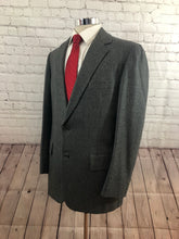 Hickey Freeman Men's Gray Stripe Two Button Suit 40R 36X30 - SUIT CHARITY OUTLET