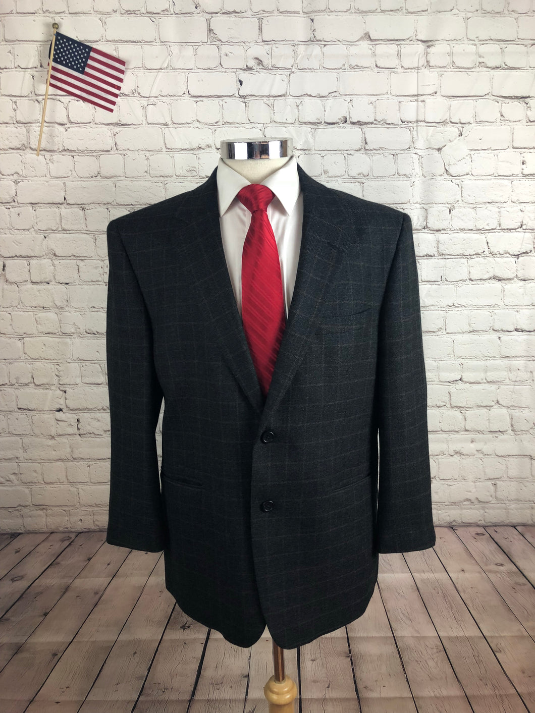 Jos. A. Bank Men's Gray Plaid 2 Button Blazer Sport Coat Suit Jacket Size 44S $435!!! - SUIT CHARITY OUTLET