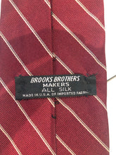 Brooks Brothers Men's Red Stripe Silk Neck Tie - SUIT CHARITY OUTLET