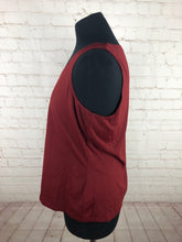 Worth Woman's Burgundy Red Solid Top $125 - SUIT CHARITY OUTLET