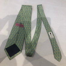 Vineyard Vines Men's Green Golf Club Novelty Pattern Silk Neck Tie - SUIT CHARITY OUTLET