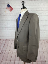 Stafford Men's Grey Brown Striped Two Button Suit 40L 33X33