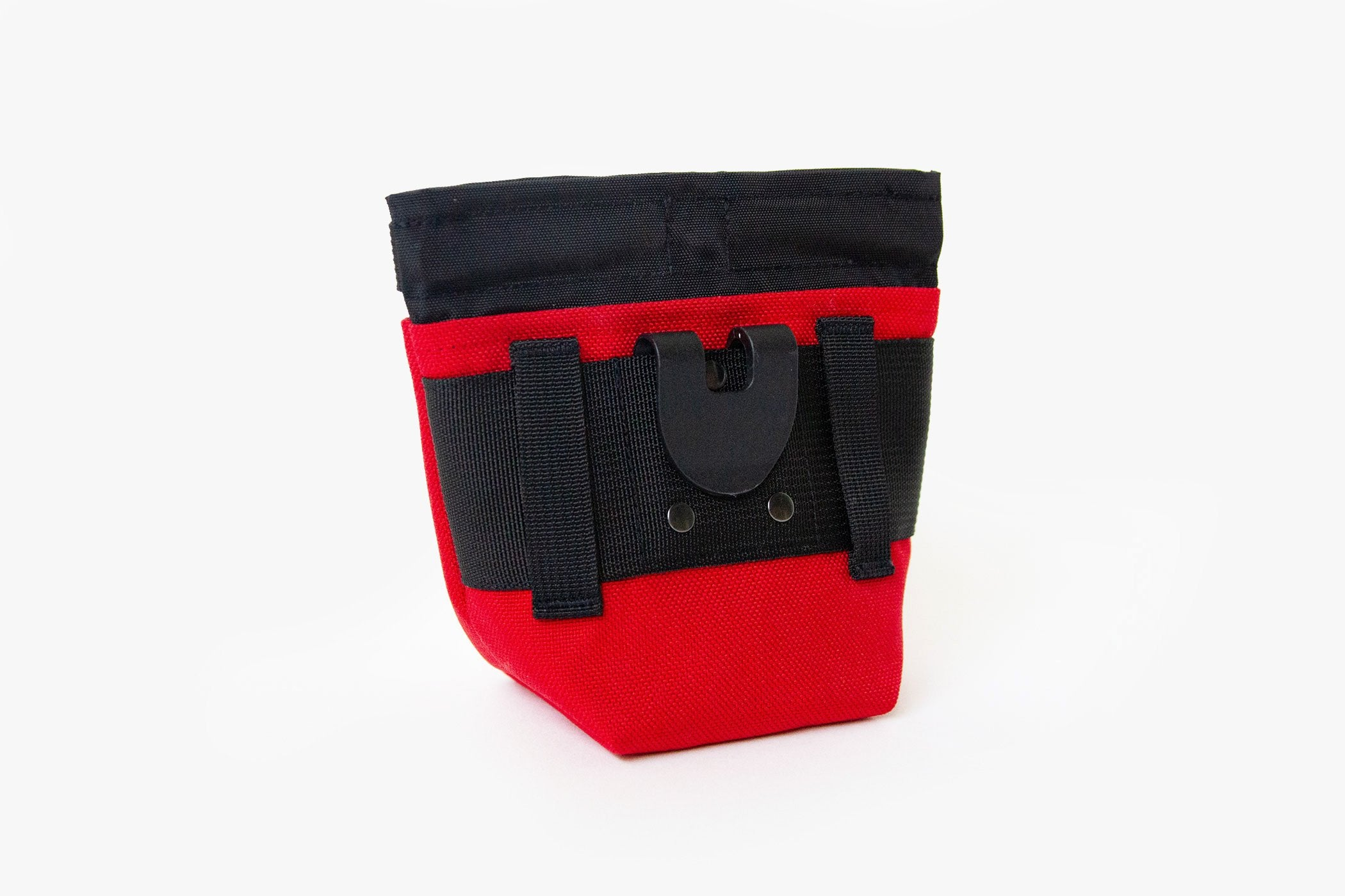 Magnetic Dog Treat Pouch - Red