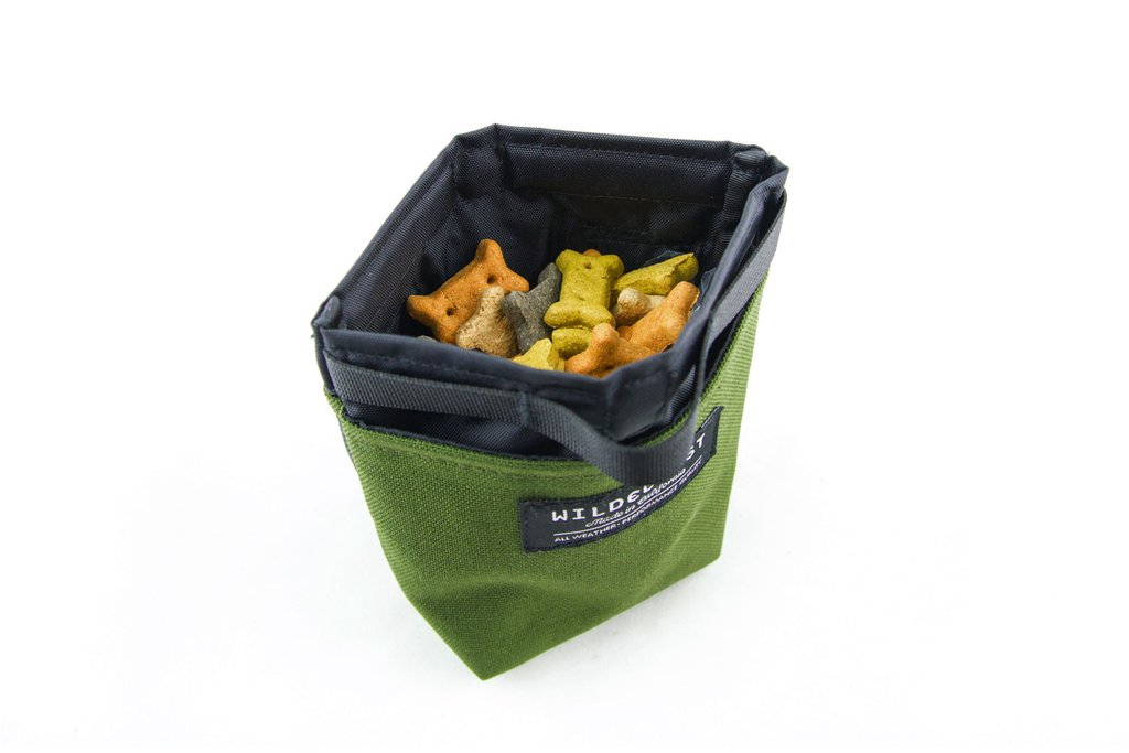 Magnetic Dog Treat Pouch - Olive