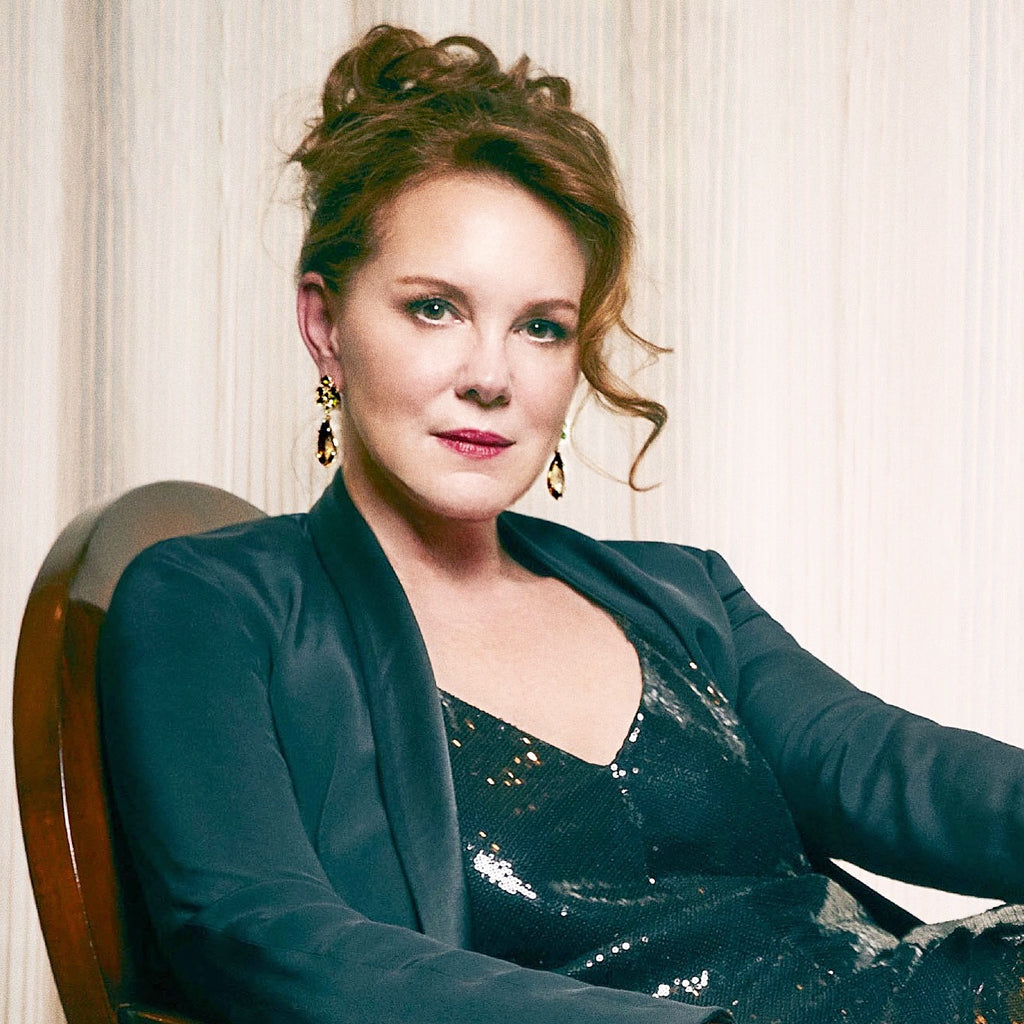 Elizabeth Perkins Dazzles in Alex Soldier