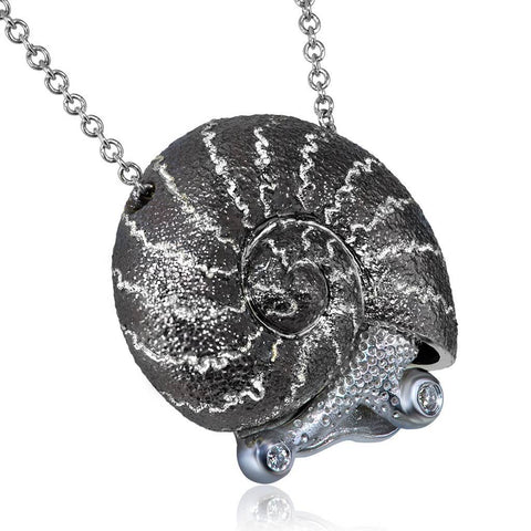 DIAMOND AND SILVER LITTLE SNAIL PENDANT ON CHAIN