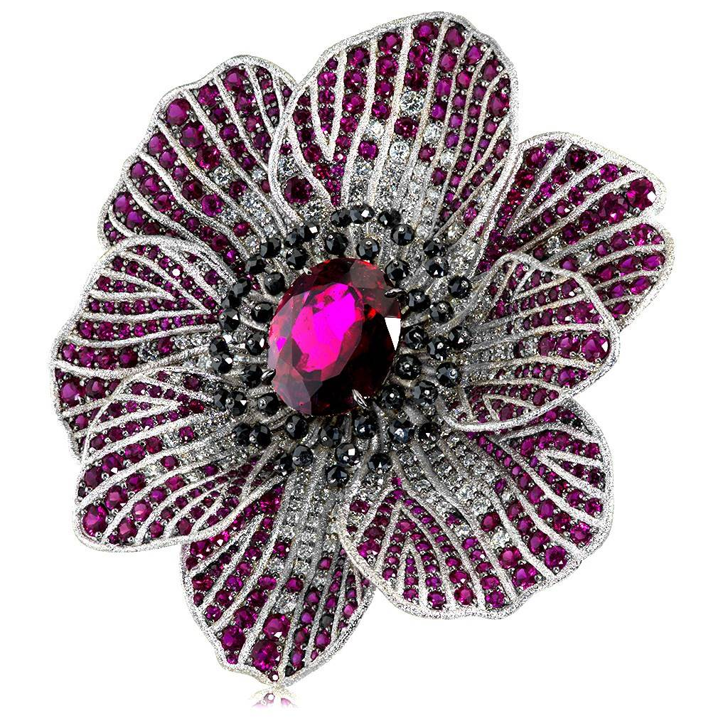 Gold Coronaria Ring with Rubellite Tourmaline Ruby and Diamonds
