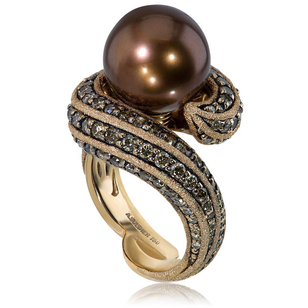 Gold Twist Ring With Chocolate Pearl & Diamonds