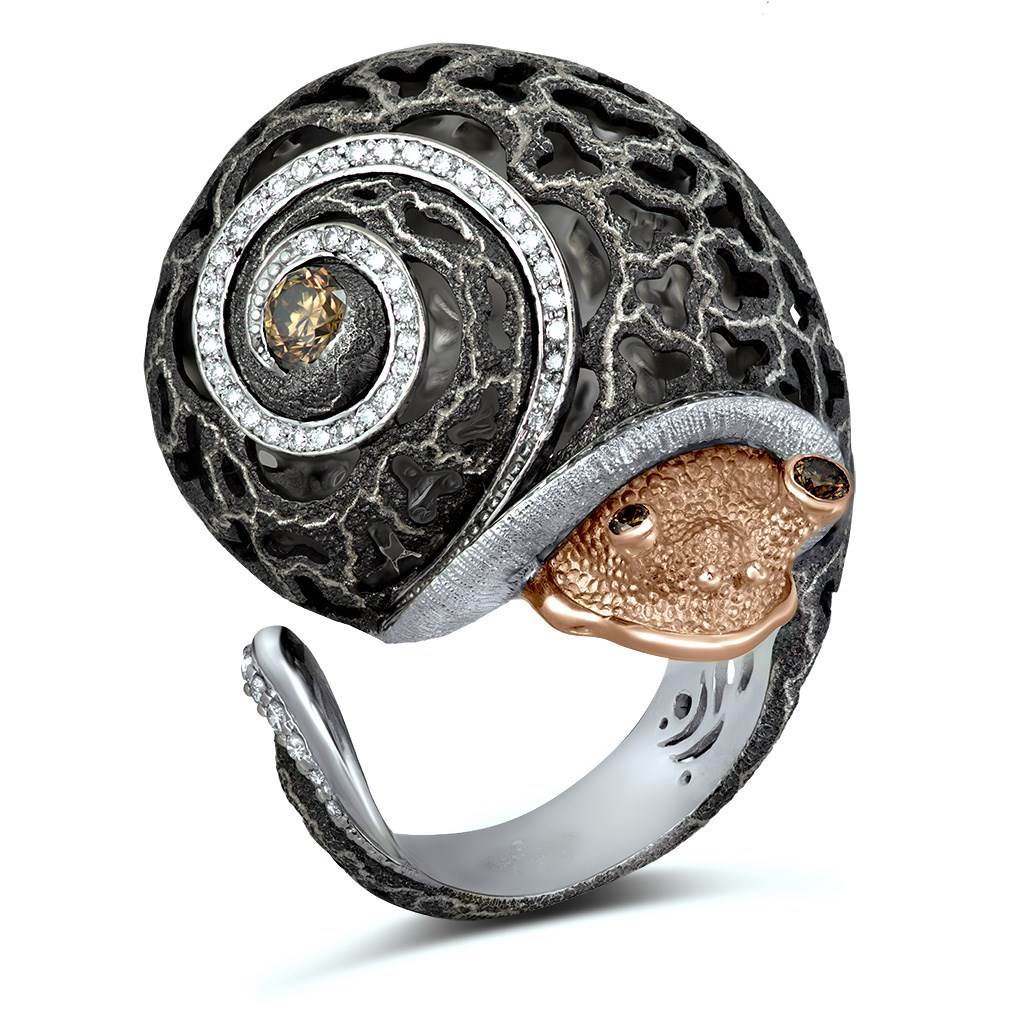CODI THE SNAIL WITH DIAMONDS IN GOLD AND BLACKENED SILVER