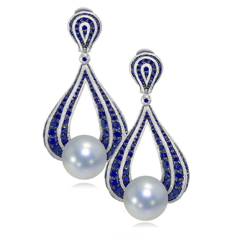 WHITE GOLD TWIST EARRINGS WITH FRESHWATER PEARL AND BLUE SAPPHIRES