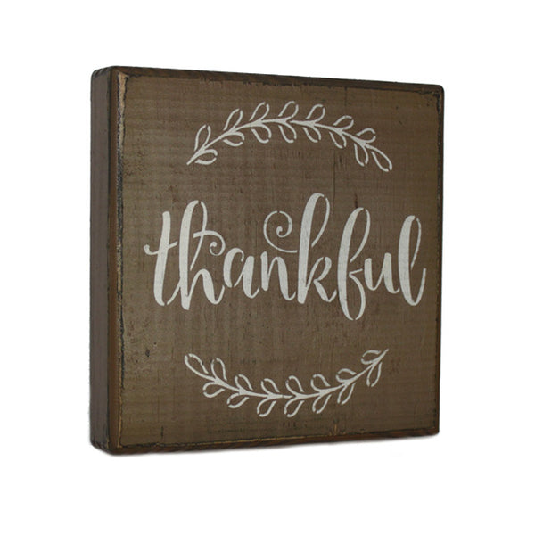Thankful Ivy Wood Shelf Sitter
