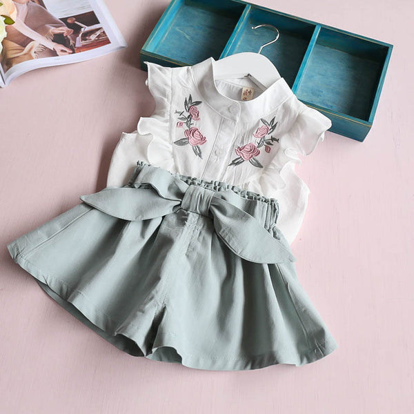 summer  baby girls clothing set children  heart shirt+bow shorts suit 2pcs kids floral bow clothes set suit