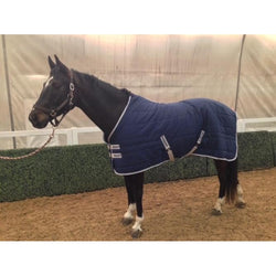 HORSELiFE Stable Rug and Insulator 200 Grams of Fill