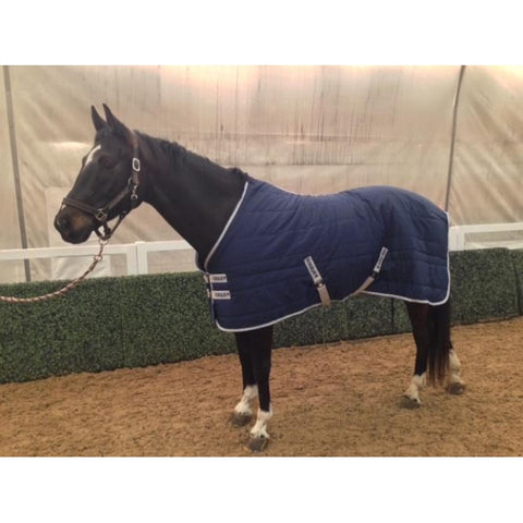 HORSELiFE Stable Rug and Insulator 300 Grams of Fill
