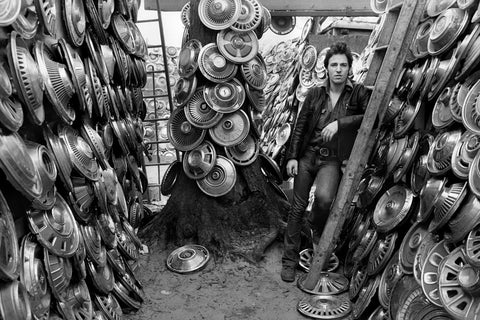 Bruce Springsteen with hubcaps