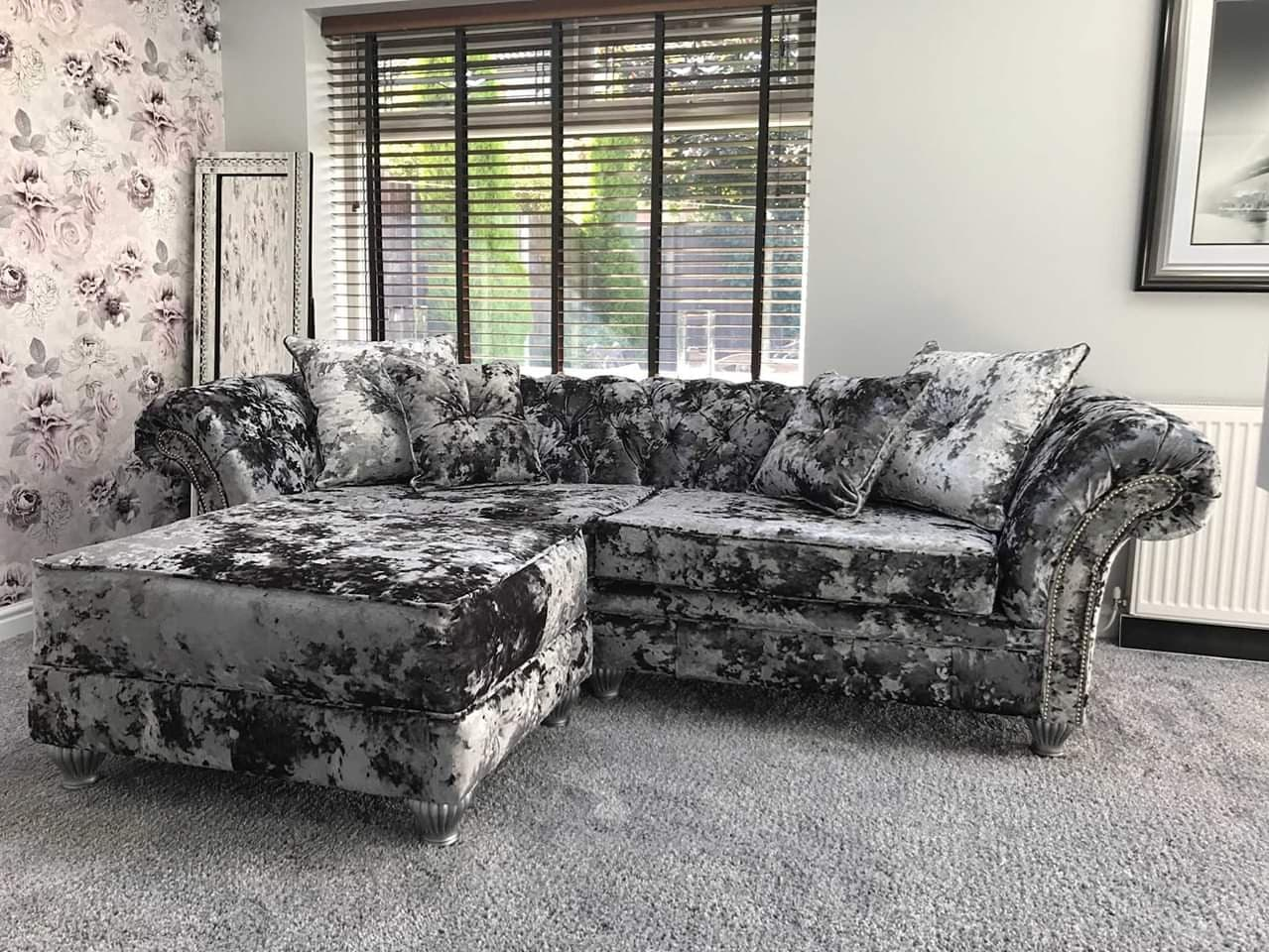 crushed velvet lustro corner sofa chesterfield style silver chrome studding