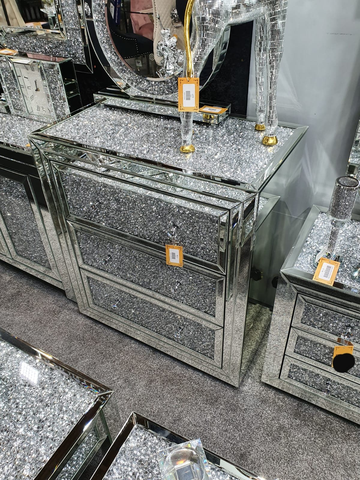 crushed diamond mirrored bedroom furniture sparkle furniture